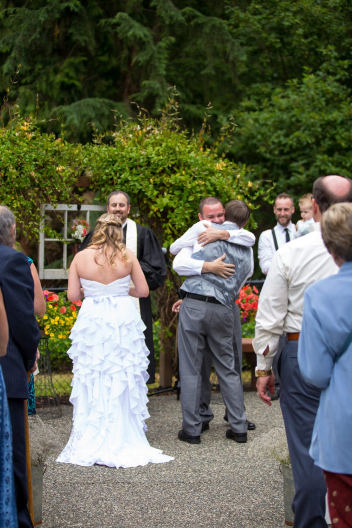Cruz Ceremony 80 WOODINVILLE BACKYARD POOL WEDDING | WOODINVILLE WEDDING PHOTOGRAPHER