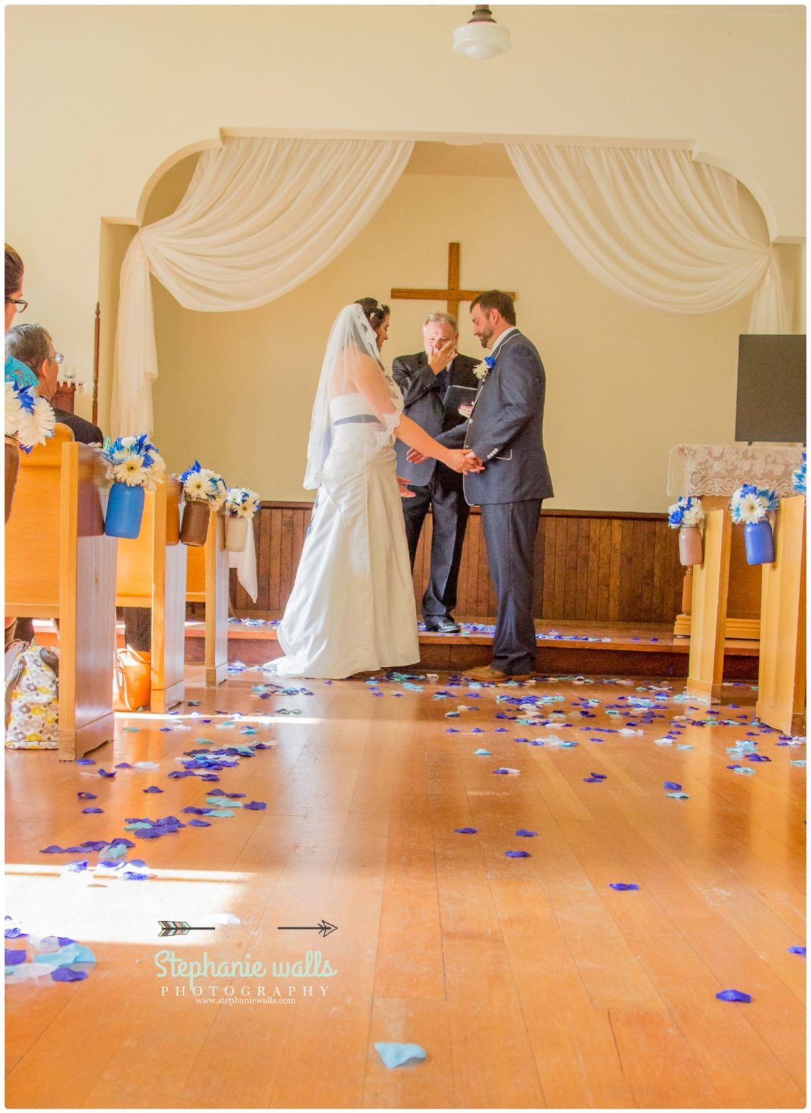 Petty Wedding 101 Making Memories | Chapel At Swan Trails Wedding Snohomish, Wa