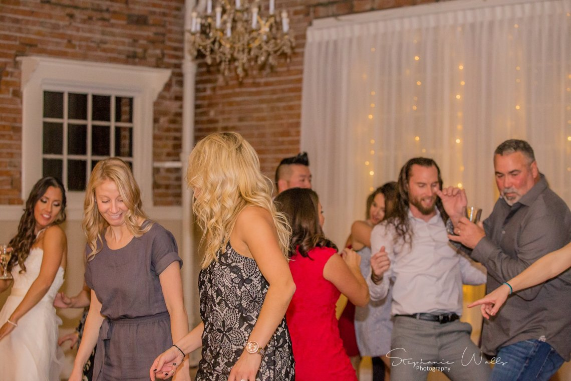 1st Dance Dancing 175 KK & Zack | Hollywood Schoolhouse Wedding | Woodinville, Wa Wedding Photographer