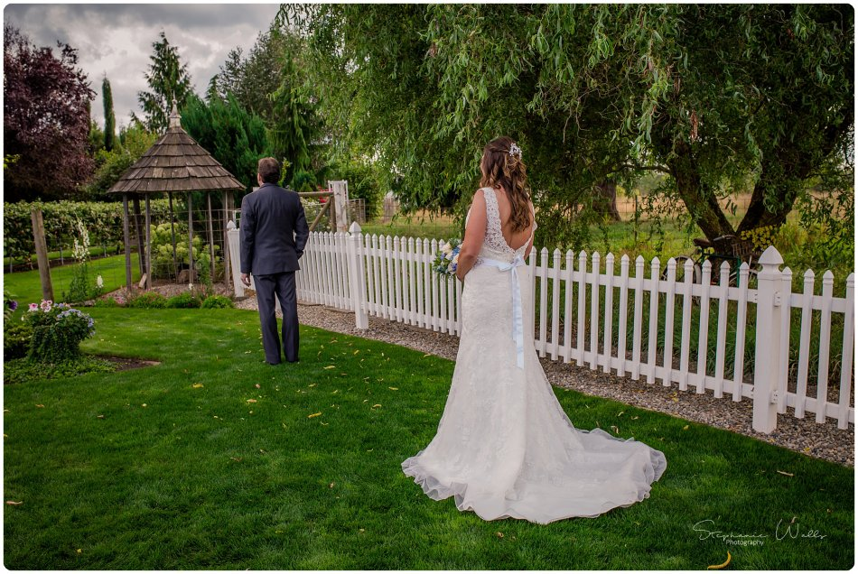 Stephanie Walls Photography 0144 950x636 Genesis Farms and Gardens Wedding of Kelli and Quintin