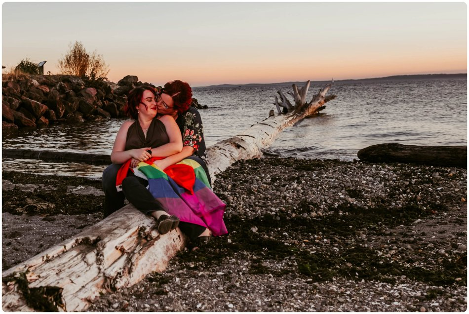 Stephanie Walls Photography 1244 950x636 Edmonds Beach Park Engagement Session with Kristy and Kat