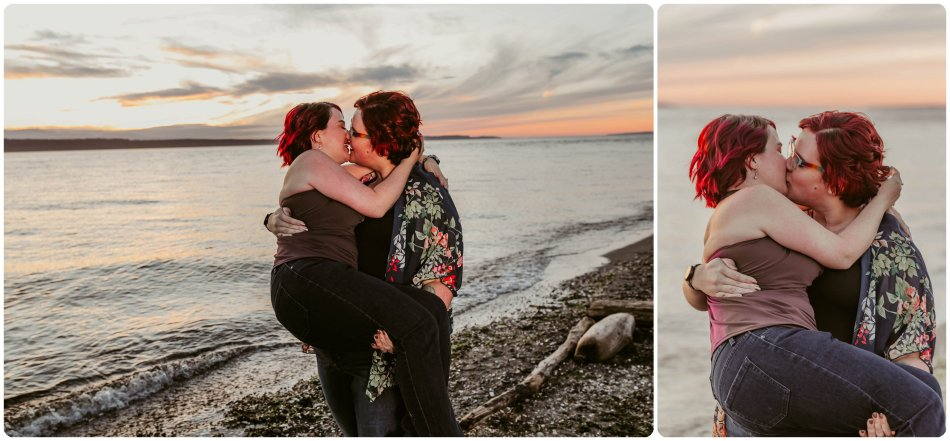 Stephanie Walls Photography 1257 950x441 Edmonds Beach Park Engagement Session with Kristy and Kat