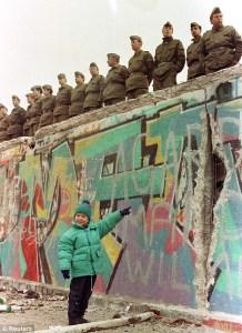 Fall Berlin Wall what really happened November 9