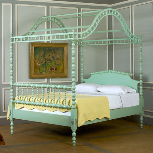 The Portsmouth Pineapple Bed Custom Hardwood Beds