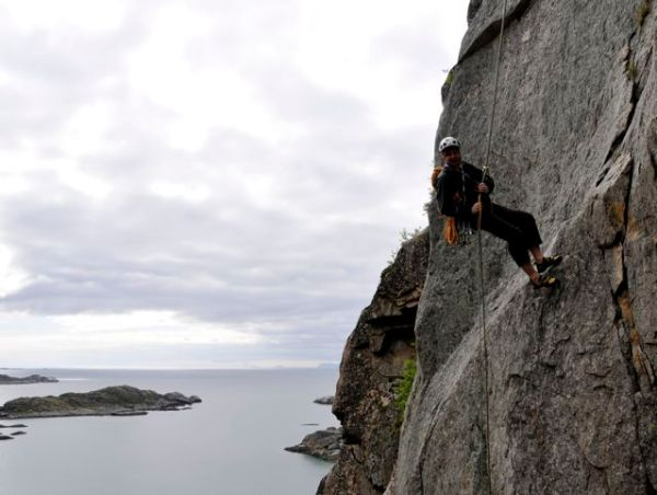 """Richard on the abseil from our first """"Top 50"""" venue; Pianokrakken"""