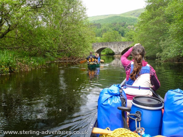 Entering the Balvaig river and preparing to go under the road bridge at Balquhidder, and beyond, the first set of bubbly moving water, yeah!  :razz: