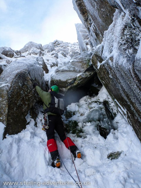 Steve starting his fun chockstone pitch, the second of the two interesting sections