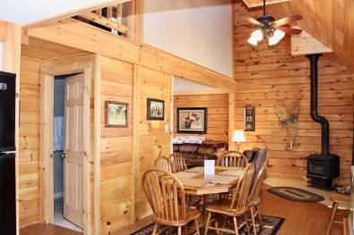Wilderness 3 bedroom cabin living area | Sterling Ridge Log Cabin Resort
