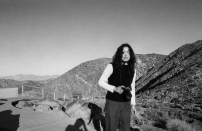 Yoriko in the desert lqjgc