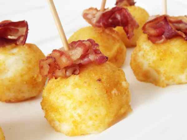 Kartoffeln in phantasievolle Formen zu bringen, ermöglicht es dir viele optisch ansprechende Rezepte nachzukochen. (Foto: Rosali Iraheta / pexels.com)