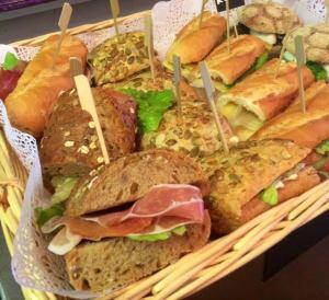 broodjes in de broodmand
