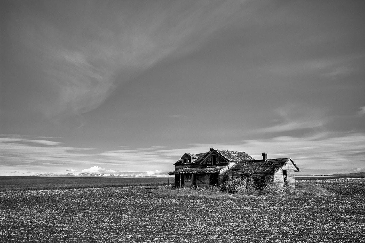 Abandoned Farm House, Withrow, Washington, 2013