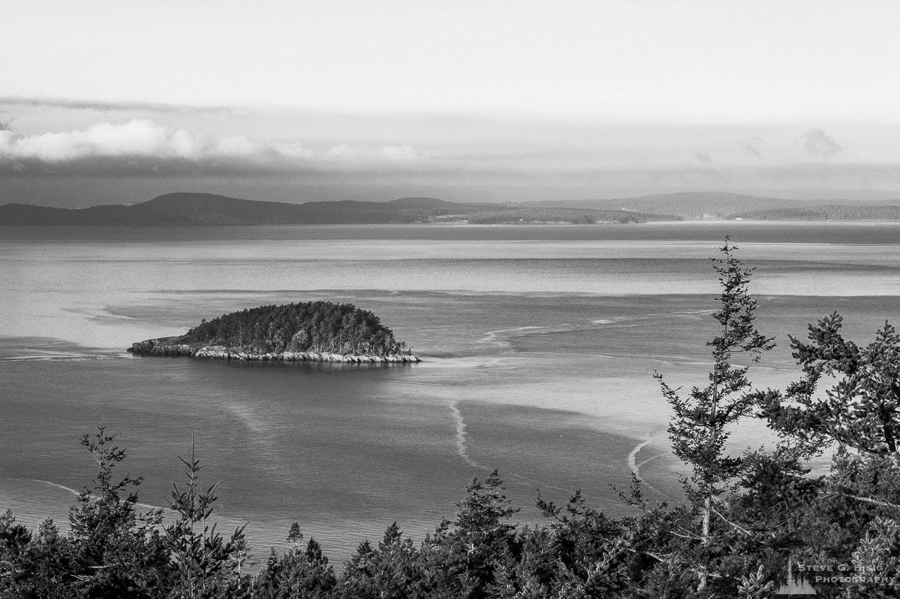 Deception Island, Goose Rock Summit, Deception Pass State Park, Washington, 2016