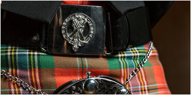 belt buckle for rose and thistle pipe and drum band