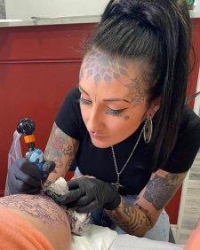 Jazmyn-Tattoo-Artists-Underground-Tattoos-Stevenage