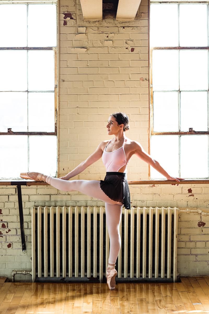 rosalie carron dancer montreal pointes de ballet