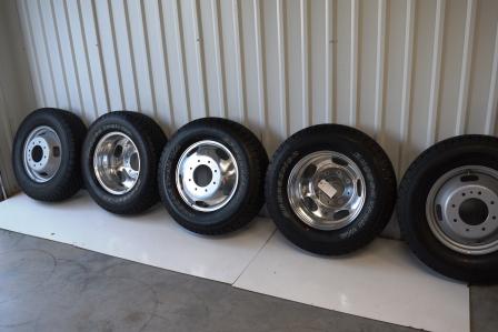 Used Ford F350 Dually Wheels >> Ford F350 Oem Wheels Ford Dually Alcoa Chrome Wheel Bf Goodrich