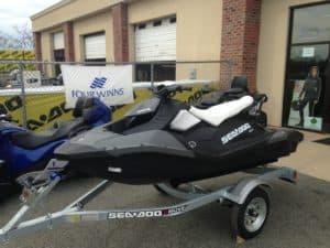 Sea-Doospark covers sun watercraftprotection trailer footwells rain