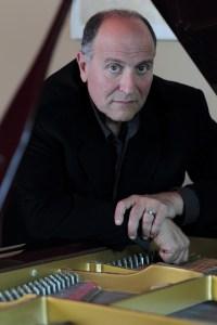 Concert Pianist Steven Masi
