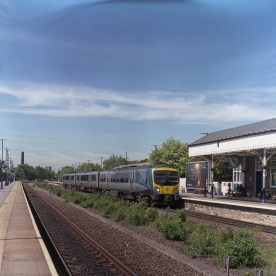 A class 185 rolls in to Stalybridge with an Eastbound service towards York