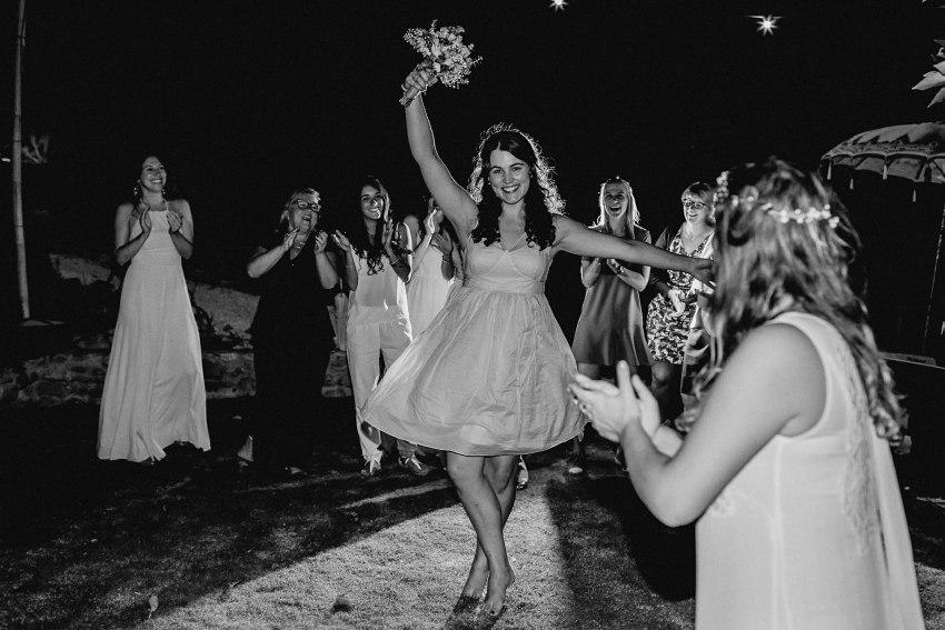 catching the wedding boquet