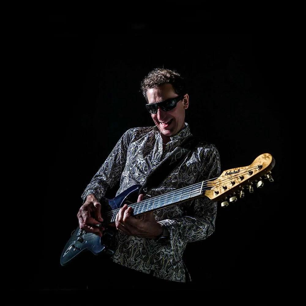 Steve Osman Rock Guitarist, playing Chris Eccleshall Stratocaster.