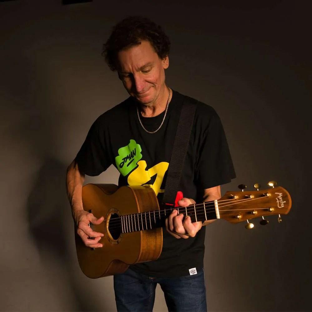 Steve Osman Playing Finger style guitar for guitar lesson