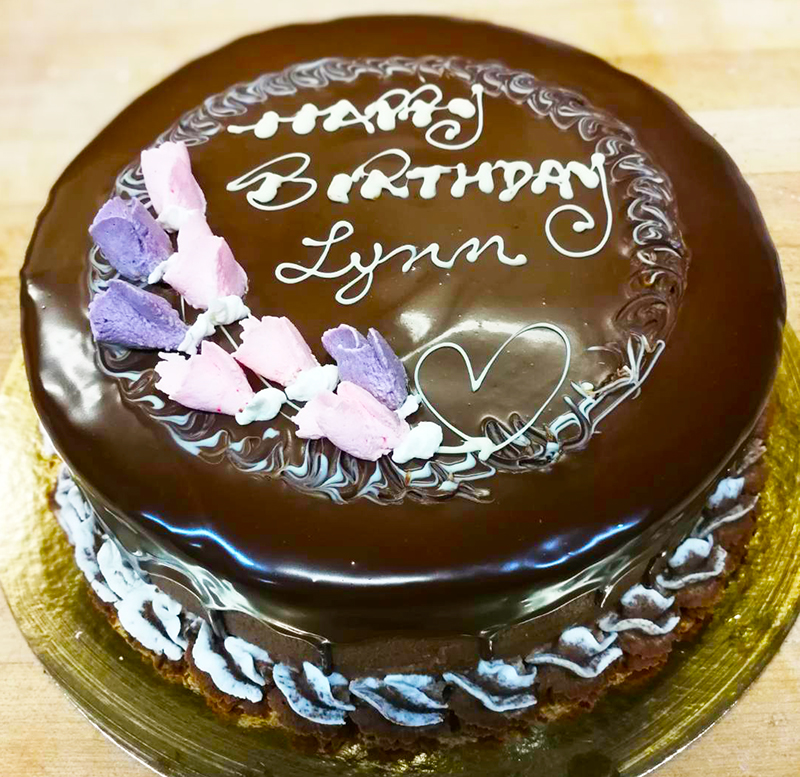 Happy Birthday Lynn At Steveston Bakery Steveston Bakery