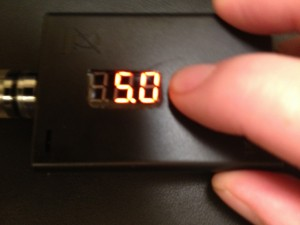 madvapes led variable voltage box mod review readout image