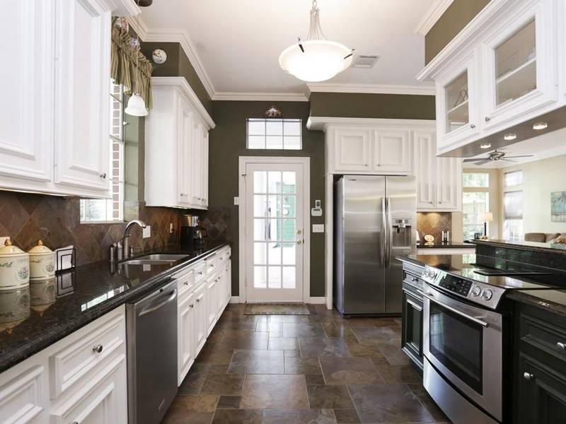 Idea Kitchen Small Design