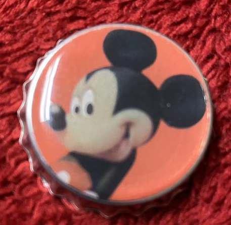 Mickey Mouse Bottle Cap Magnet - a bottle cap with Mickey Mouse on it. #MickeyMouse