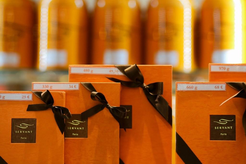 Smart packaging at Servant Chocolatier Paris