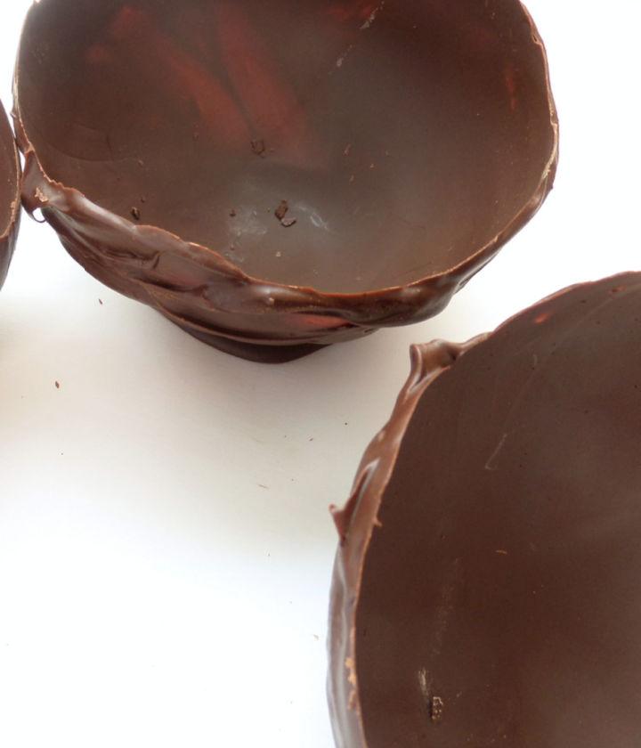 finished chocolate dessert bowls