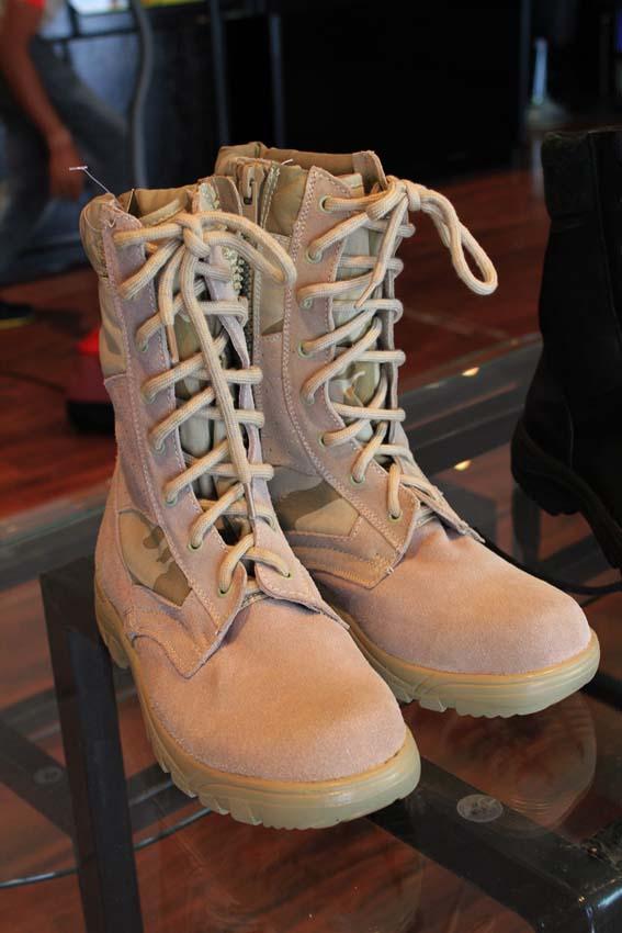 أحذية عسكرية صناعة الكويت, أحذية صناعة الكويت