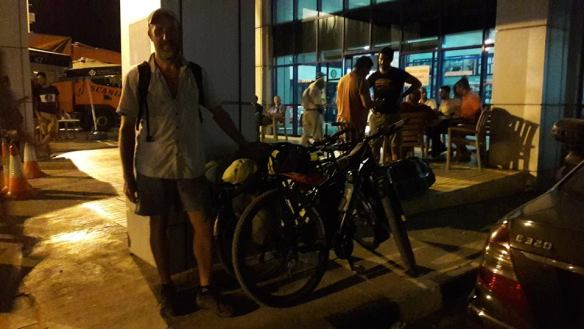 cycling-from-nicosia-to-kyrenia-kyrenia-hotel-2