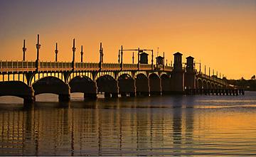 Bridge of Lions sunrise view