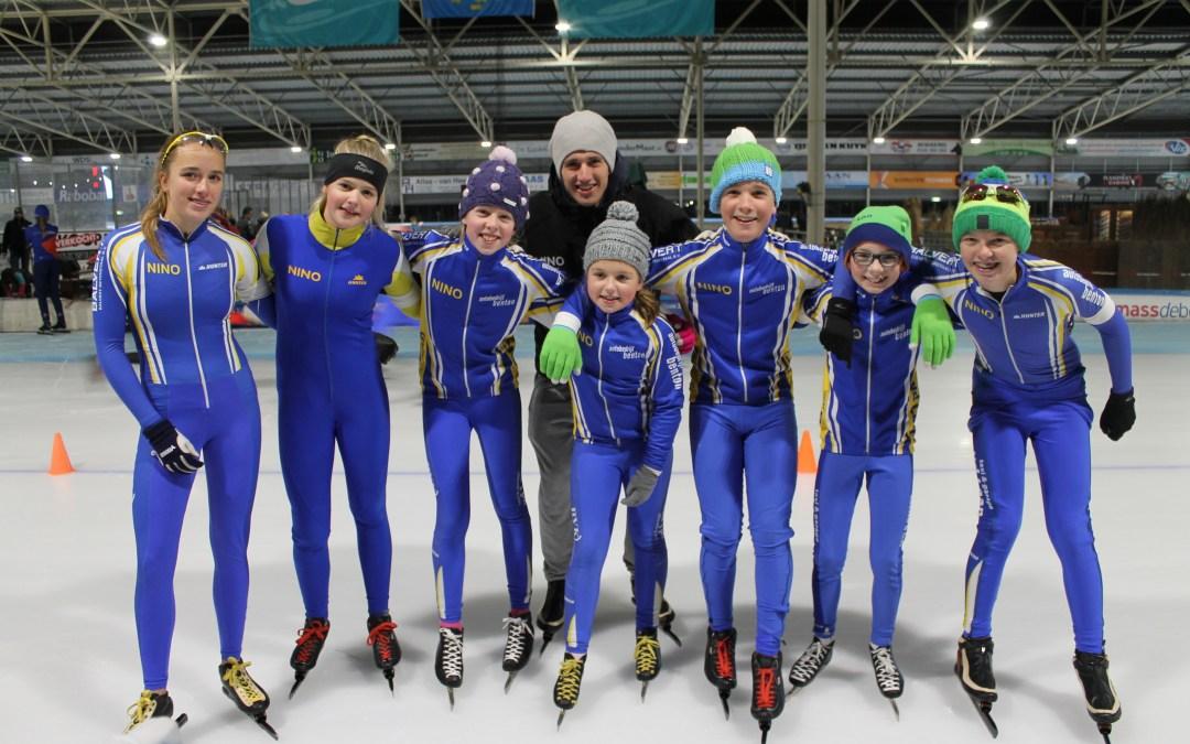 """De schaatsjongens van Bontekoe IJsbaan """"DeWestfries""""in Hoorn 19-11-2016."""
