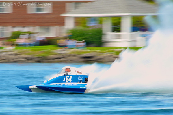 2.5 Liter Modified hydroplane racing at the  HydroBowl on Seneca Lake in Geneva, New York.