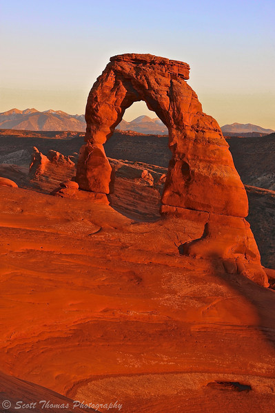 Delicate Arch in sunset light at Arches National Park near Moab, Utah.