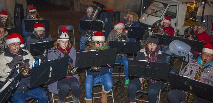 Kerstmarkt in Naarden: Warme choco met de Kerstman