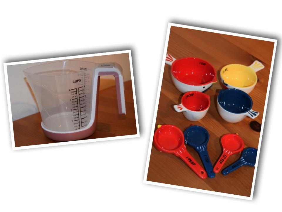jug measuring spoons
