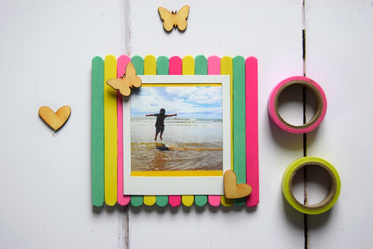 Craft Stick Magnetic Photo Frame