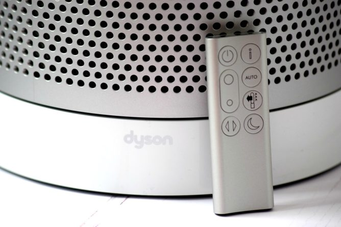 Dyson Pure Cool Tower TP04 Air Purifier remote control