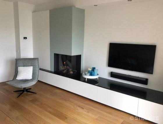 Binnenkijken in ... een modern landelijke woonkamer met een nieuwe haard in Houten na STIJLIDEE's Interieuradvies, Kleuradvies en Styling
