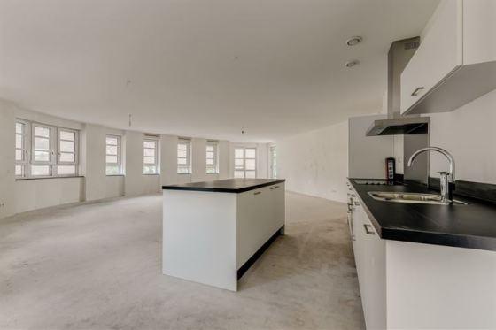 VOOR | Binnenkijken na een interieur metamorfose in moderne design stijl in Nieuwegein | Fotografie via Makelaar