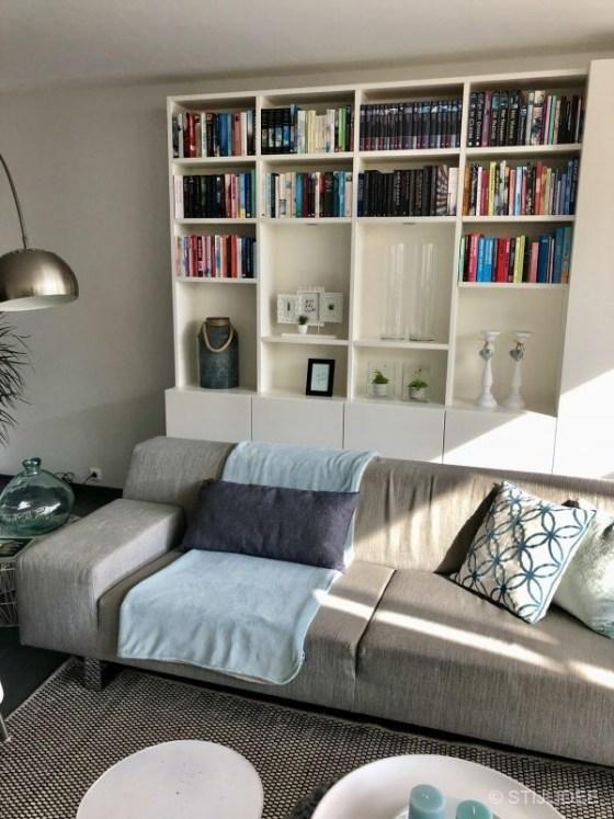 Binnenkijken in ... een modern basic interieur met een kast op maat in Ede na STIJLIDEE Interieuradvies, Kleuradvies en Styling