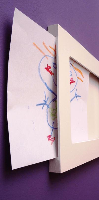 Lijst voor kinderkunst en The Articulate Gallary Frame.