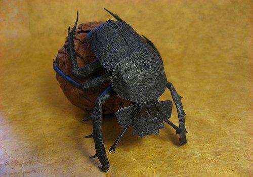 Stijlmagazine-sipho_mabona-origami Beetle