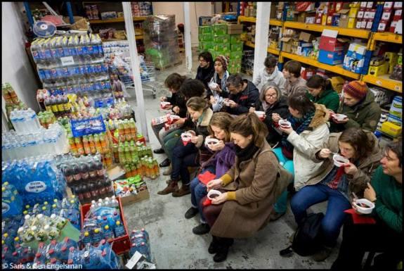 Stijlmagazine-Anouk Janssen-voorstelling in supermarkt