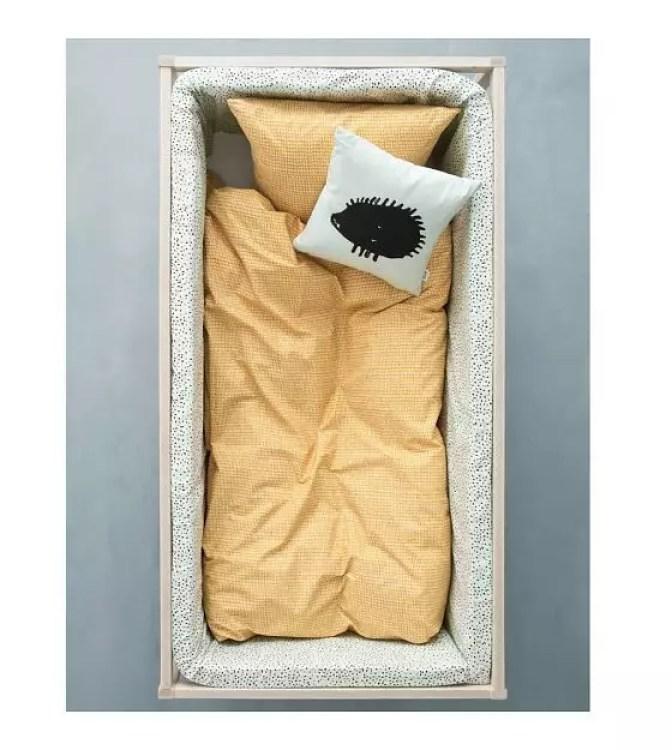 ferm-living-bed-bumper-mini-dot-mintgroen-340x30x3